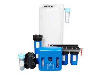 AQVA SAIMAA -käänteisosmoosilaitteisto. 200 L puhdasvesivarannolla 40 - 105 L/h